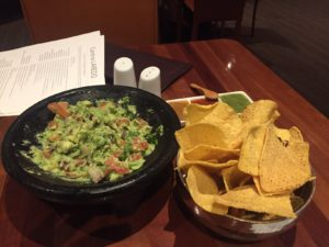fresh_guacamole_and_chips